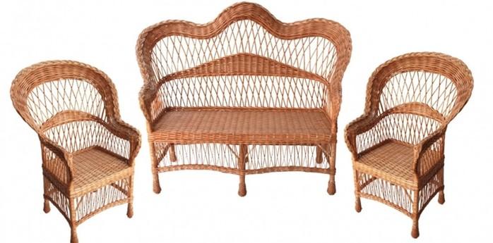 Процесс создания плетеной мебели