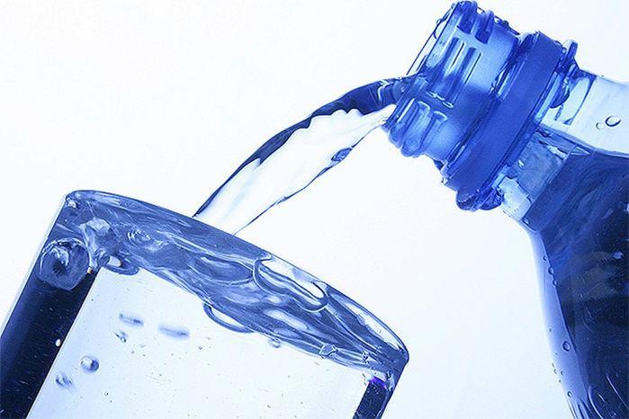 5 полезных свойств минеральной воды