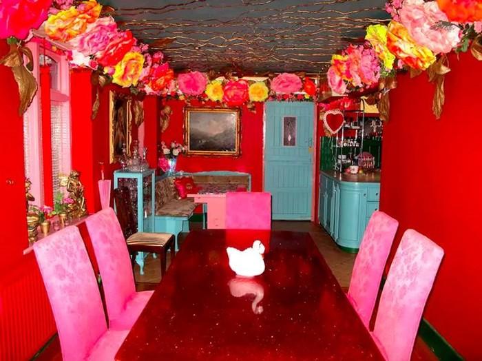 Дом мечты для фанатов розового цвета