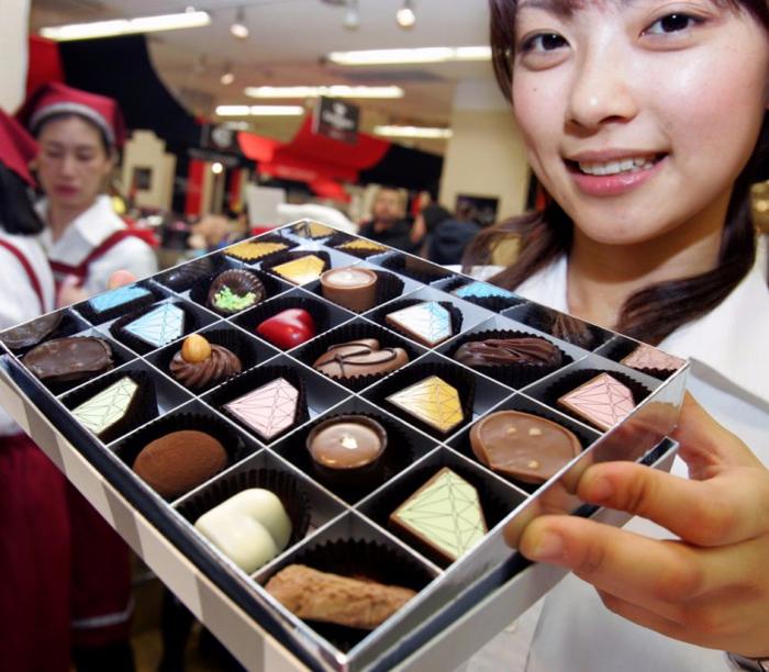 день святого валентина в японии шоколад 1 (700x612, 438Kb)