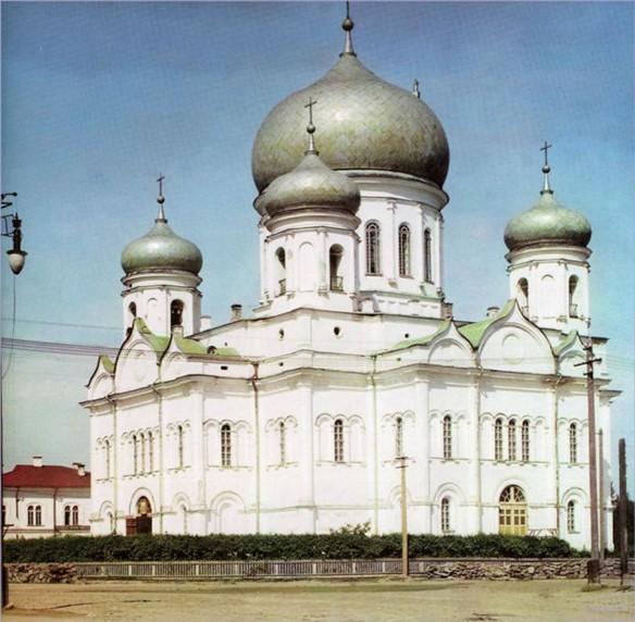 5 храмов, взорванных Советской властью