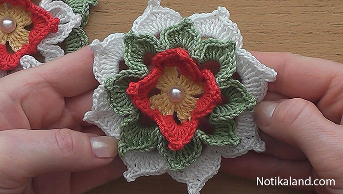 объемный цветок крючком (700x397, 321Kb)