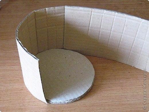 очень экономная пасхальная корзинка2 (520x390, 159Kb)
