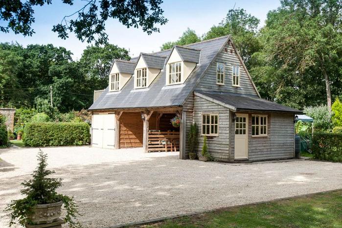самый маленький замко великобритании Molly's Lodge 3 (700x466, 429Kb)