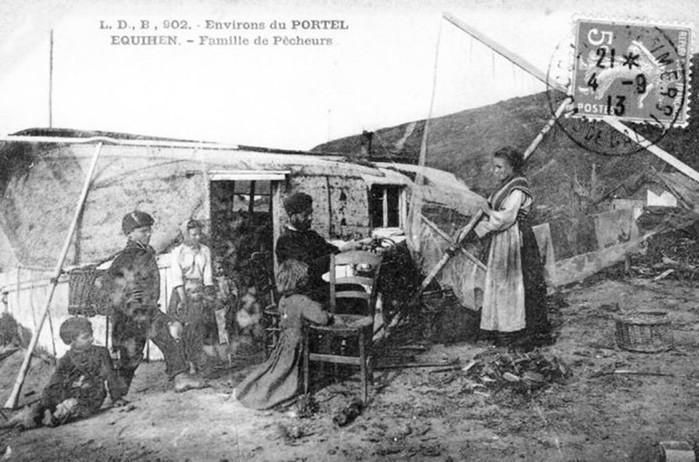 Французская деревня Экиан, где люди живут в перевернутых лодках