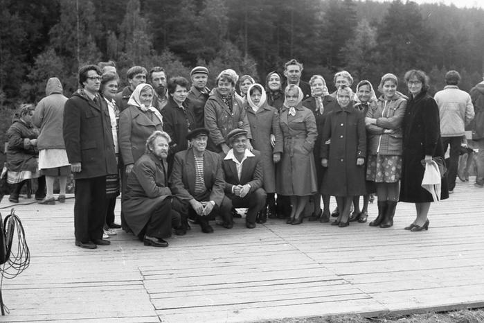 zakulisnye-kadry-sovetskogo-kino_21 (700x466, 209Kb)