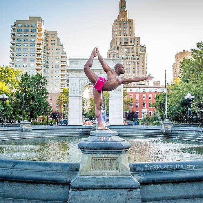 фотопроект йога и город 7 (700x700, 566Kb)