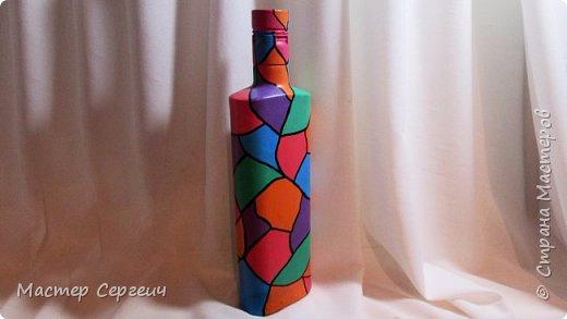 Декор бутылки маркером и акриловыми красками (520x293, 105Kb)