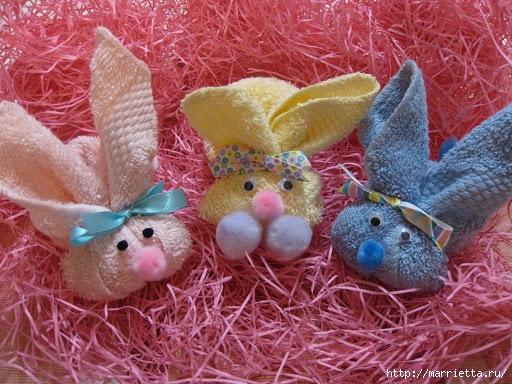 Пасхальный кролик из маленького махрового полотенца (6) (512x384, 216Kb)