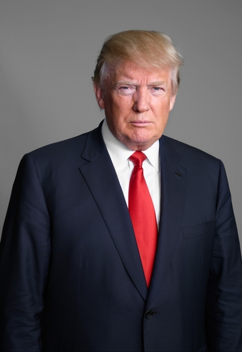 4208855_5d71720f_crop4646x6294x0x111fitcrop824x1200_7179ee_Trump_Donald_TIME_081815_25349_F_1_ (480x700, 133Kb)