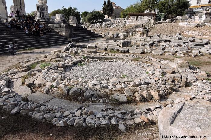 Shraddha_trаvel Турция 2016, Храм Апполона (6) (700x466, 429Kb)