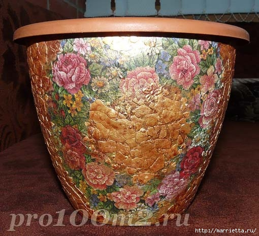 Мозаика из яичной скорлупы. Цветочный горшок (5) (510x465, 177Kb)