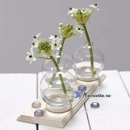 Декоративные вазочки для цветов из елочных шаров (535x535, 147Kb)
