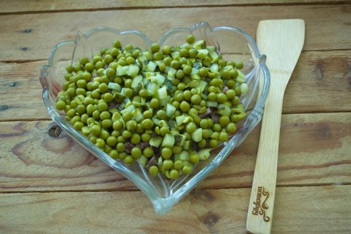 salat_quotobjorkaquot_s_pecheniu-209446 (700x466, 250Kb)