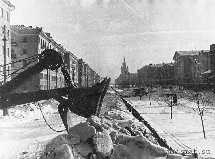 Пермь, Комсомольский проспект зимой, 1955-60 г.г./2045074_ (700x518, 134Kb)
