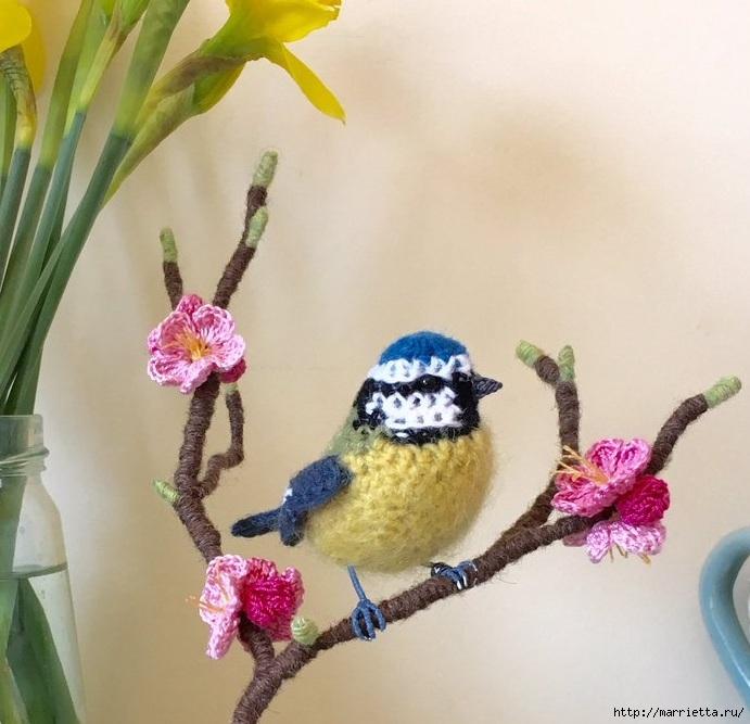 Птичий двор Jose Heroys. Вязаные птички, необыкновенной красоты (26) (691x667, 234Kb)