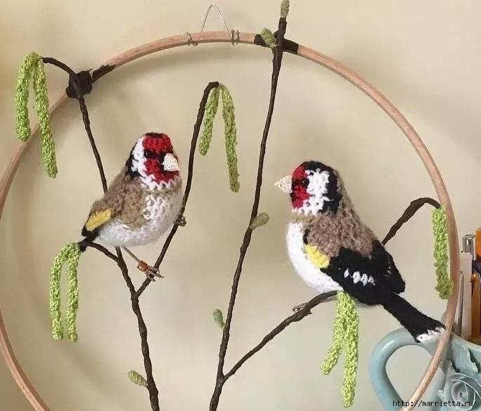 Птичий двор Jose Heroys. Вязаные птички, необыкновенной красоты (50) (684x585, 216Kb)