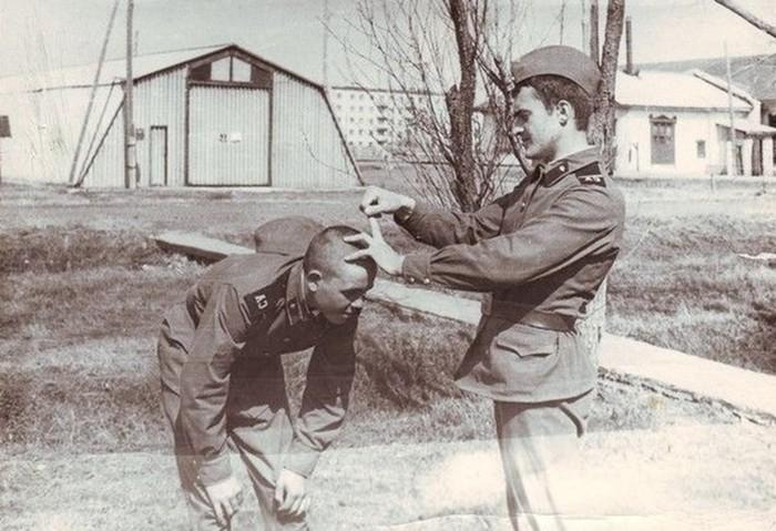 В каких войсках советской армии была самая страшная дедовщина