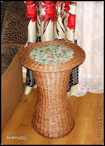 Столик со стеклом из газетных трубочек. ПЛЕТЕНИЕ (16) (351x488, 239Kb)