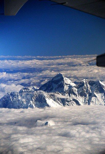 Эверест с борта самолета/4596068_pozitiv_3 (411x604, 53Kb)
