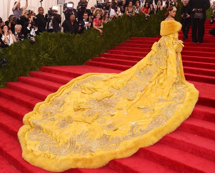 платье пицца рианны 2 (700x565, 508Kb)