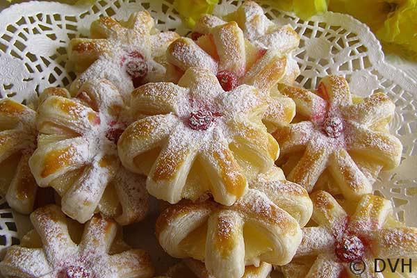 Sloenoe-pechenje-s-ananasom (600x400, 92Kb)