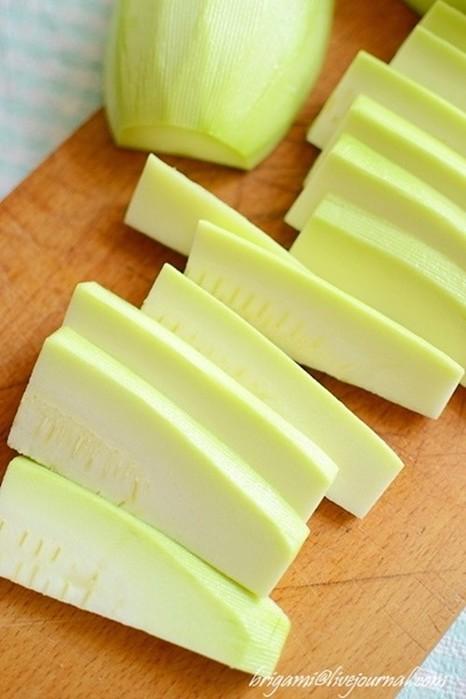 Кабачки в кляре: самый вкусный рецепт!