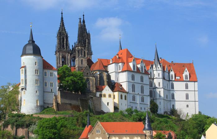 Castle-Albrechtsburg-Meissen-Germany (700x448, 122Kb)