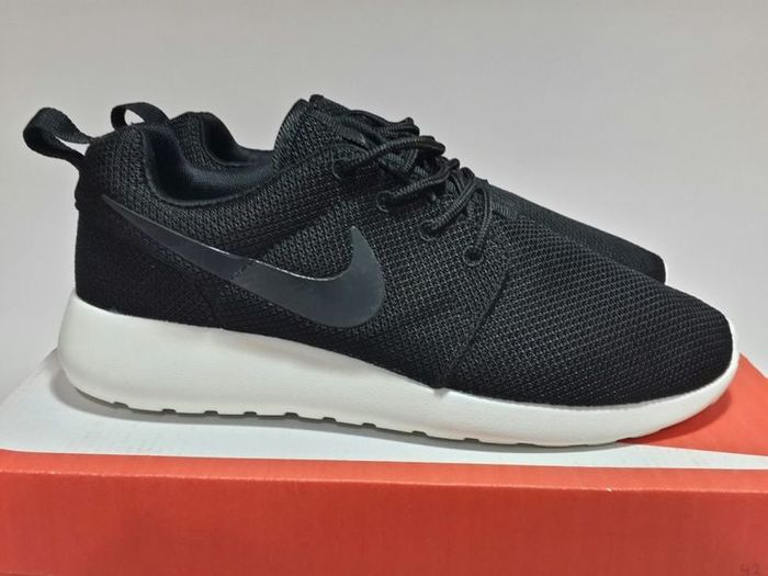 "alt=""Nike roshe run – для комфорта ваших ног!""/2835299_nike_roshe_run_kiev (700x525, 44Kb)"