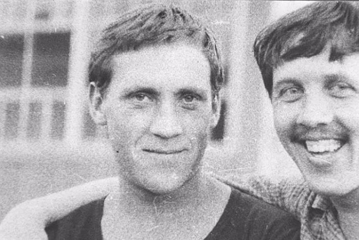 Vysotsky-and-Zolotuhin-2 (700x467, 166Kb)