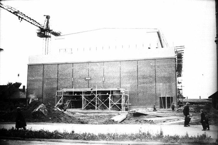 """Строительство кинотеатра """"Кристалл"""", 1959 год, г. Пермь/2045074_ (700x466, 73Kb)"""
