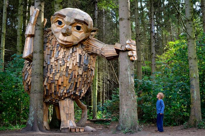 деревянные гиганты Томас Дамбо 3 (700x466, 584Kb)