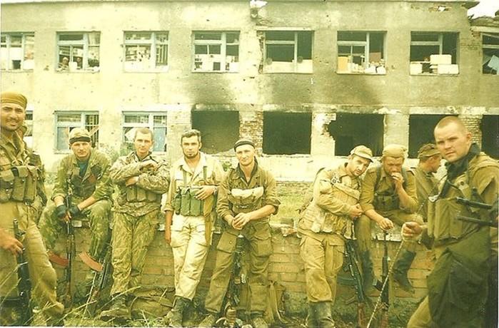 Разведрота Гюрзы: почему чеченские боевики прозвали ее «бешеной»?
