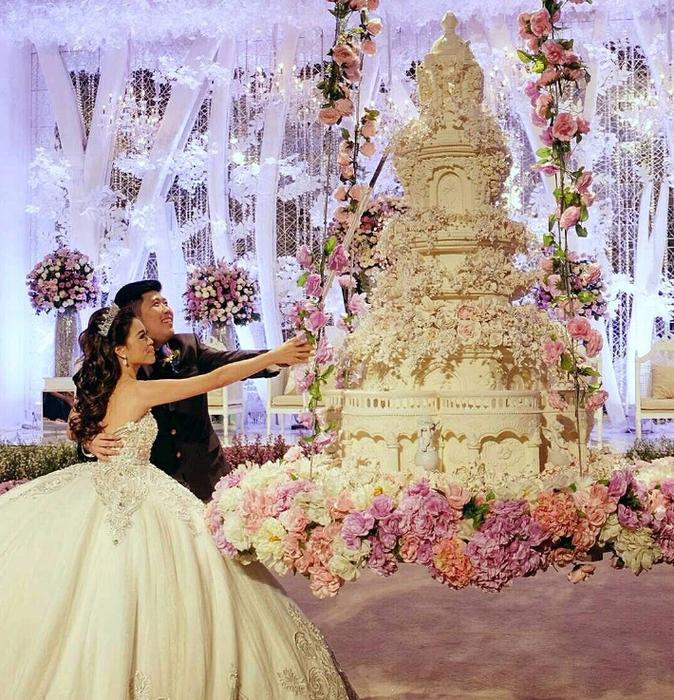 самые красивые свадебные торты 8 (674x700, 615Kb)