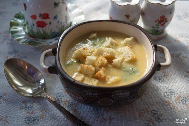 Куриный суп с картошкой/5281519_sup_gorohovii_s_grenkami226667 (607x404, 47Kb)