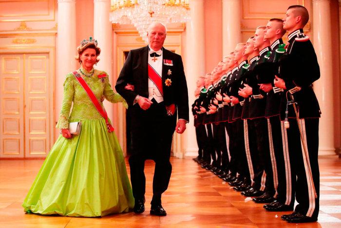 история любви норвежского короля Харальда V и королевы Сони