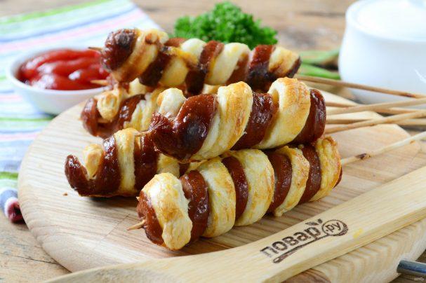 Быстрые блюда с мясом/5281519_sosiski_v_teste_na_palochke_quottvisterquot394652 (607x404, 48Kb)