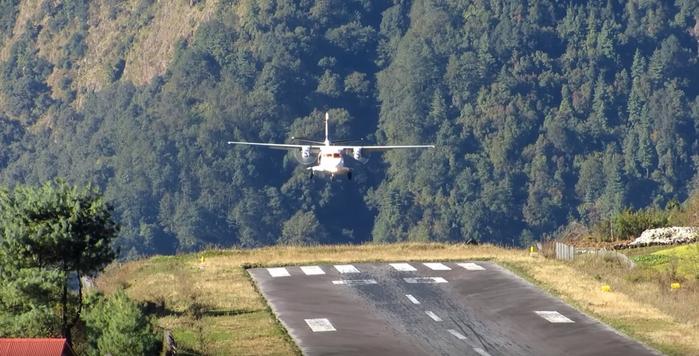 аэропорт лукла непал 5 (700x356, 295Kb)