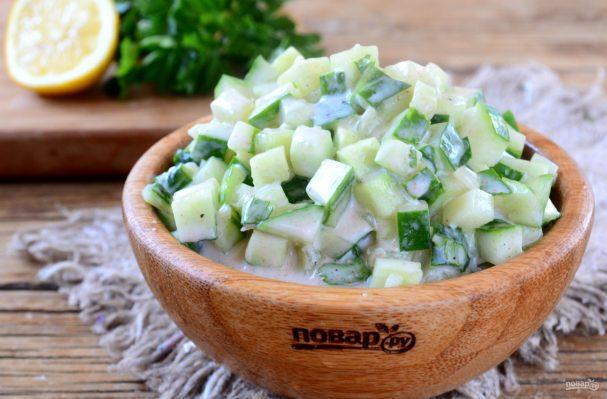ПП рецепты на каждый день/5281519_dieticheskii_salat_quotogurec_v_iogurtequot386337 (607x399, 44Kb)