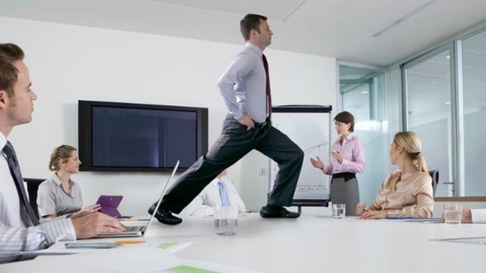 Как держать себя в форме на работе?