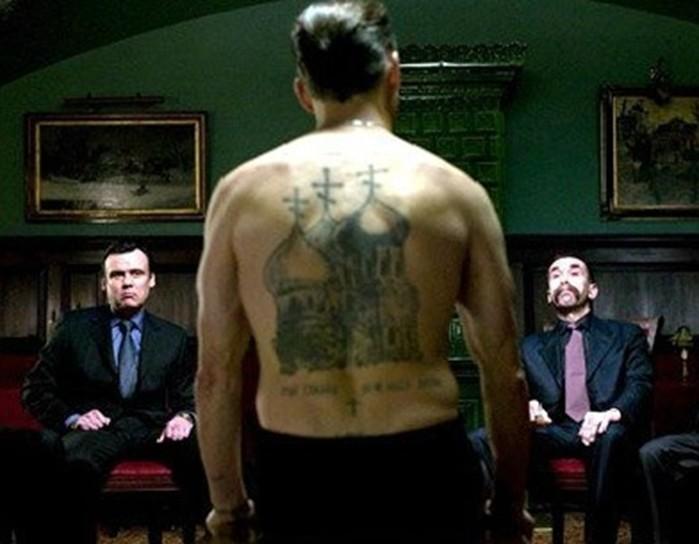 Почему у воров в законе много татуировок на тему религии?