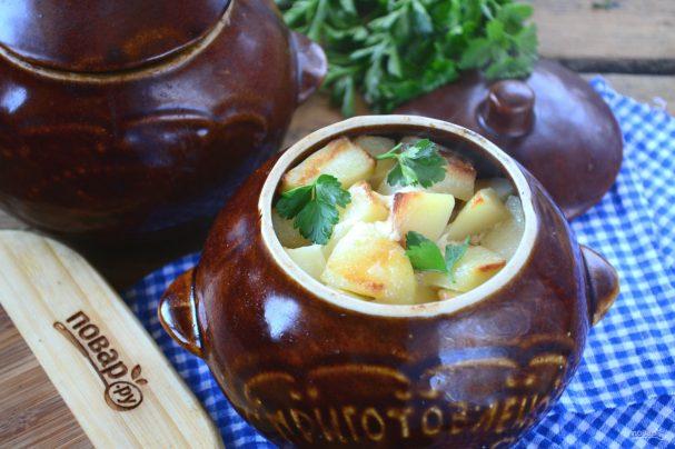 Картошка с жареными грибами/5281519_ohotnichi_kolbaski_s_kartofelem_v_gorshochkah386033 (607x404, 50Kb)