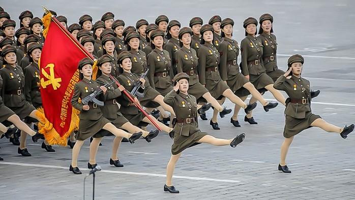 Сумасшедшая корейская армия   видео