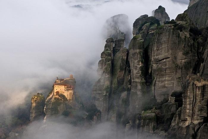 2-Монастырь Святого Николая Анапавсаса (700x468, 101Kb)