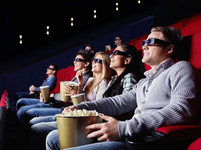 cinema-watching-movie_1_1399292259 (700x525, 72Kb)