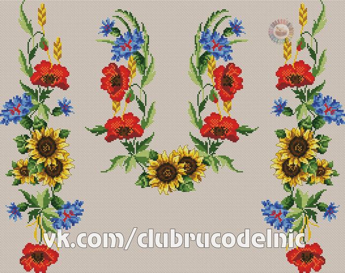 Женская сорочка с цветами (700x554, 571Kb)