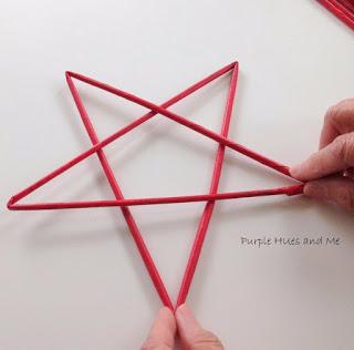 Плетем подсвечник «Звезда» из газетных трубочек (9) (320x316, 60Kb)