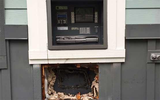 6081563_bankomatperly (555x347, 16Kb)