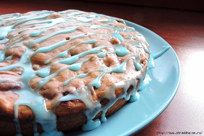 вишневый пирог с голубой глазурью (2) (700x466, 285Kb)
