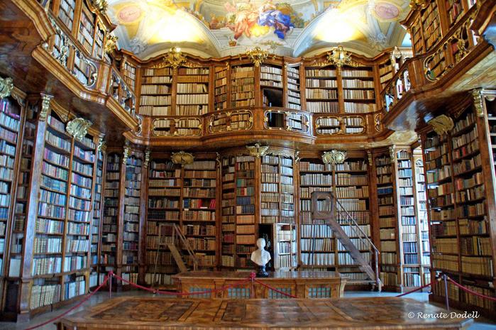 Библиотека монастыря Санкт-Флориан, Австрия (700x465, 570Kb)